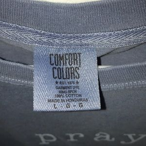 Comfort Colors Tops - Gray/blue t-shirt: pray. Size: large. Mildly worn